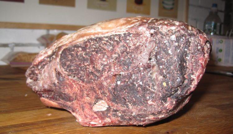 أنواع اللحوم .. ومصادر تلوثها